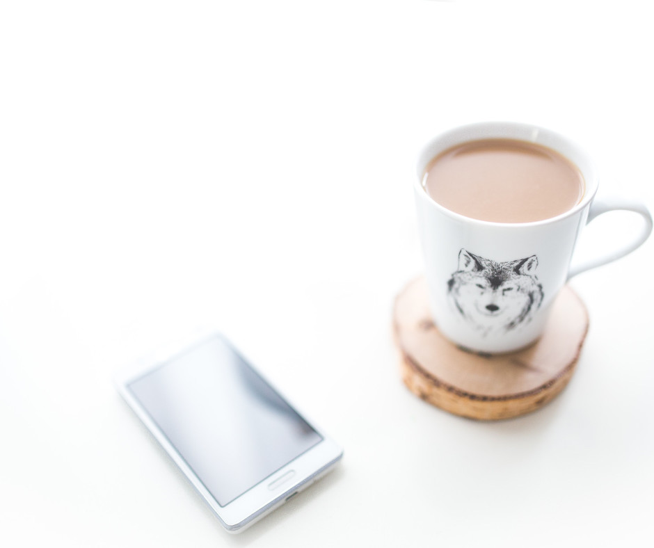 Wolf mug with white space
