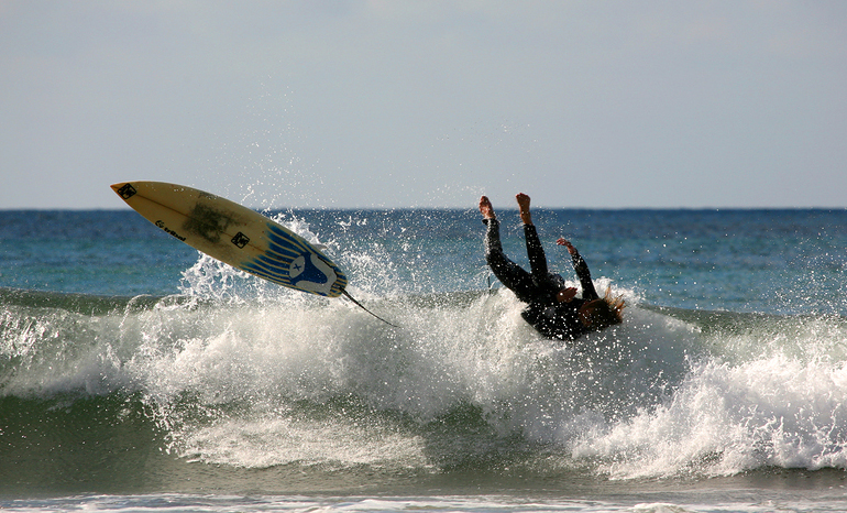 head-first-surfing-wipe-out